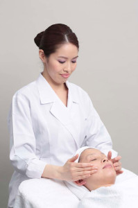 Academy-Beauty-Therapist-Shiseido