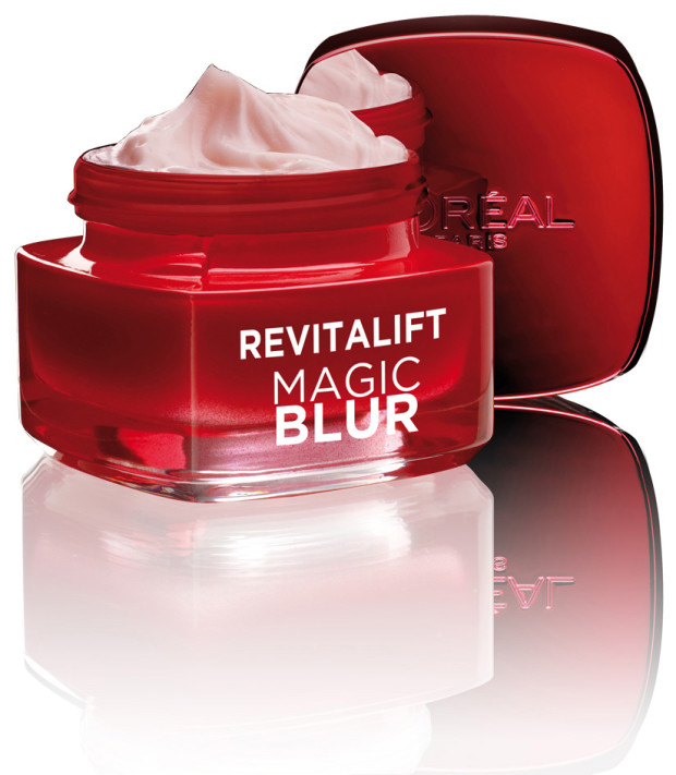 Revitalift Magic Blur