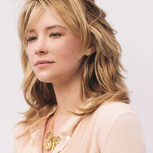 haley-bennett_official-portrait