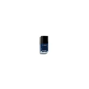 le-vernis-624-bleu-trompeur