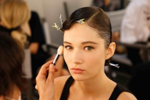 giorgio-armani-ss21-donna-armani-beauty-look-2